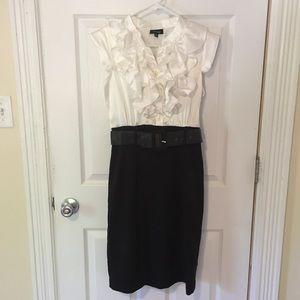 Snap Black & White Ruffle Dress - Size 9